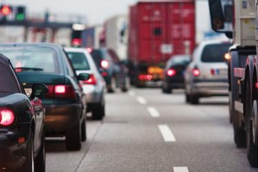 autá na diaľnici
